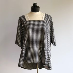 EUC Lane Bryant Houndstooth Peplum Top 22/24